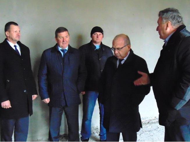 Screenshot-2017-11-24 Керівники області та району інспектували будівництво школи в Осівцях